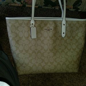 Coach Signature City Zip Tote Handbag